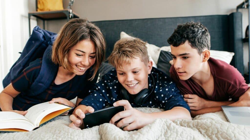 ATTACHMENT DETAILS  Showcase-Campus-Life-Through-Social-Media-Marketing-Increase-Your-Student-Enrolments